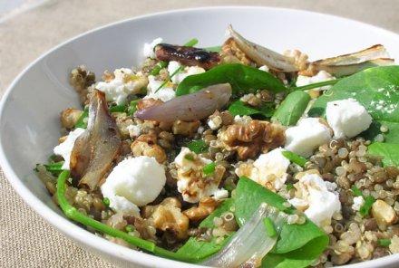Salade de lentilles et de quinoa aux épinards
